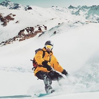 Altitude means more room for adventure #snowboarding #altitude #shredding