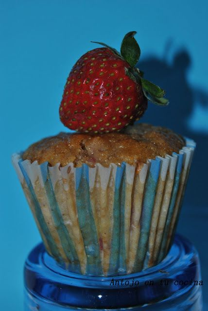 Muffins de fresa y chocolate blanco - Strawberry and white chocolate Muffins