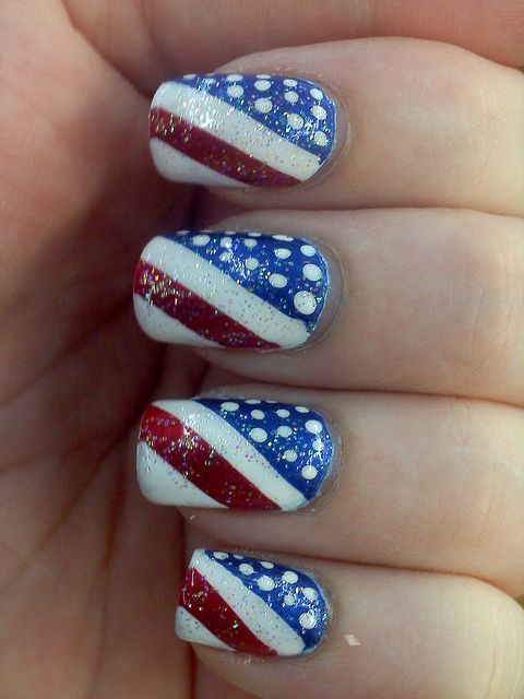 4th nails by Adrienne Victoria, via Flickr Would even be cute if it was an  accent nail with the tee nails painted red, white, or blue - 4th Nails ⊱N⃣A⃣I⃣L⃣✾A⃣R⃣T⃣⊰ Pinterest Accent Nails