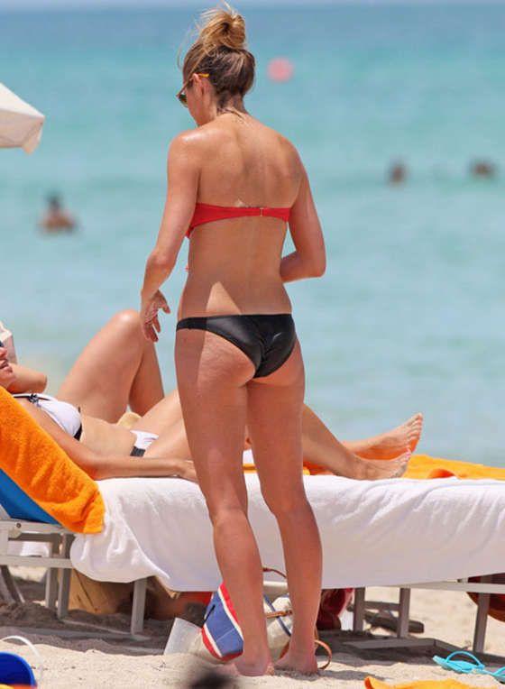 Erin andrews pictures bikini