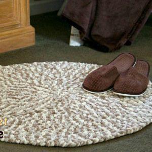 Cushy Crochet Rug by Crochet Zone #crochet #freepatterns #crochetzone