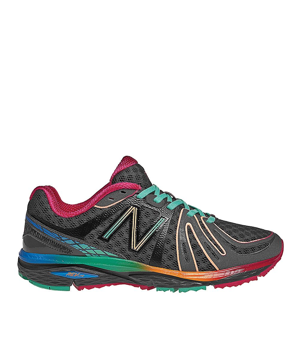 Woman S 790 Trail Running Shoes From New Balance Look