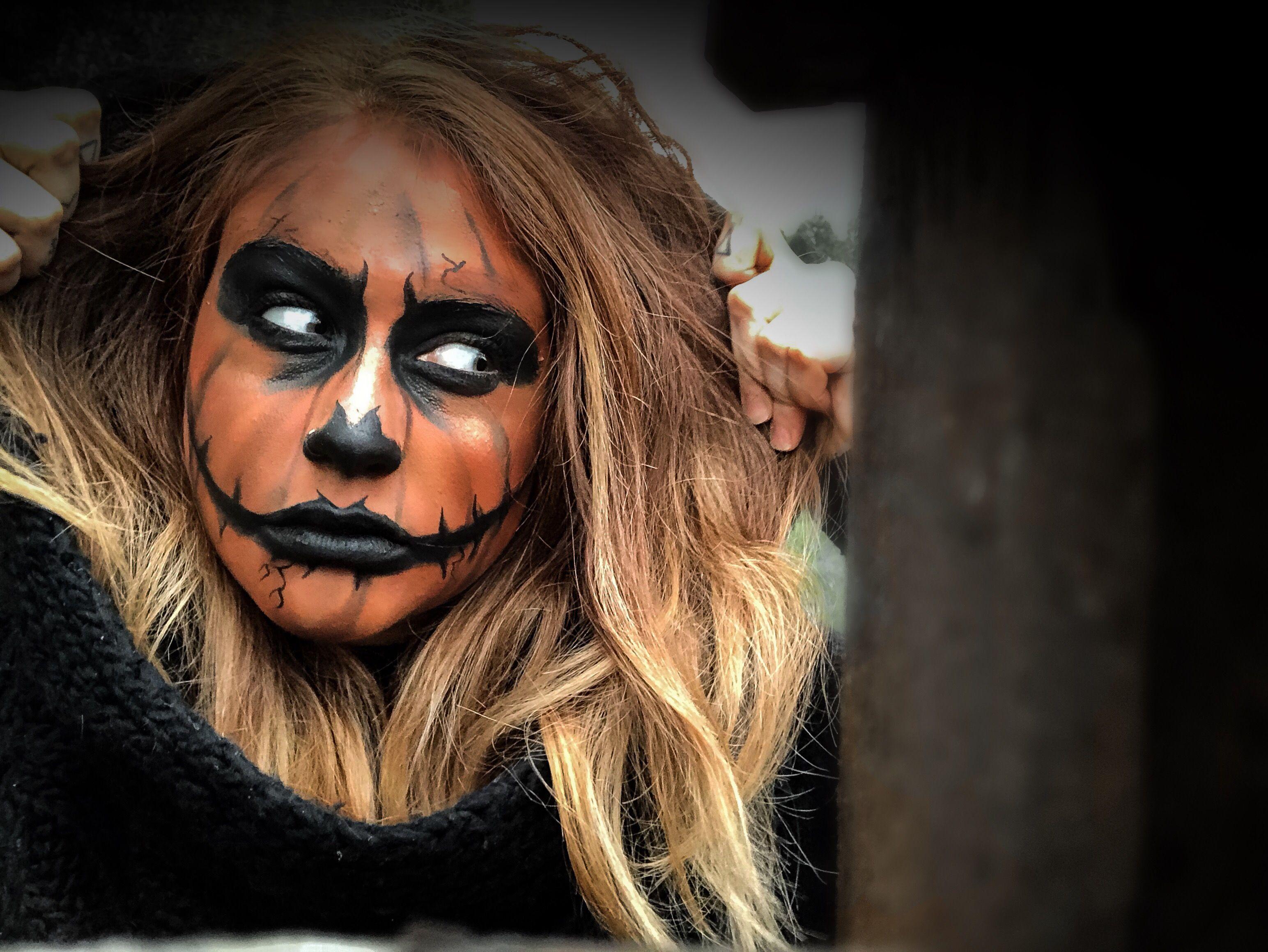 Halloween Looks Scary.Halloween Scary Evil Pumpkin Face Paint Makeup Look