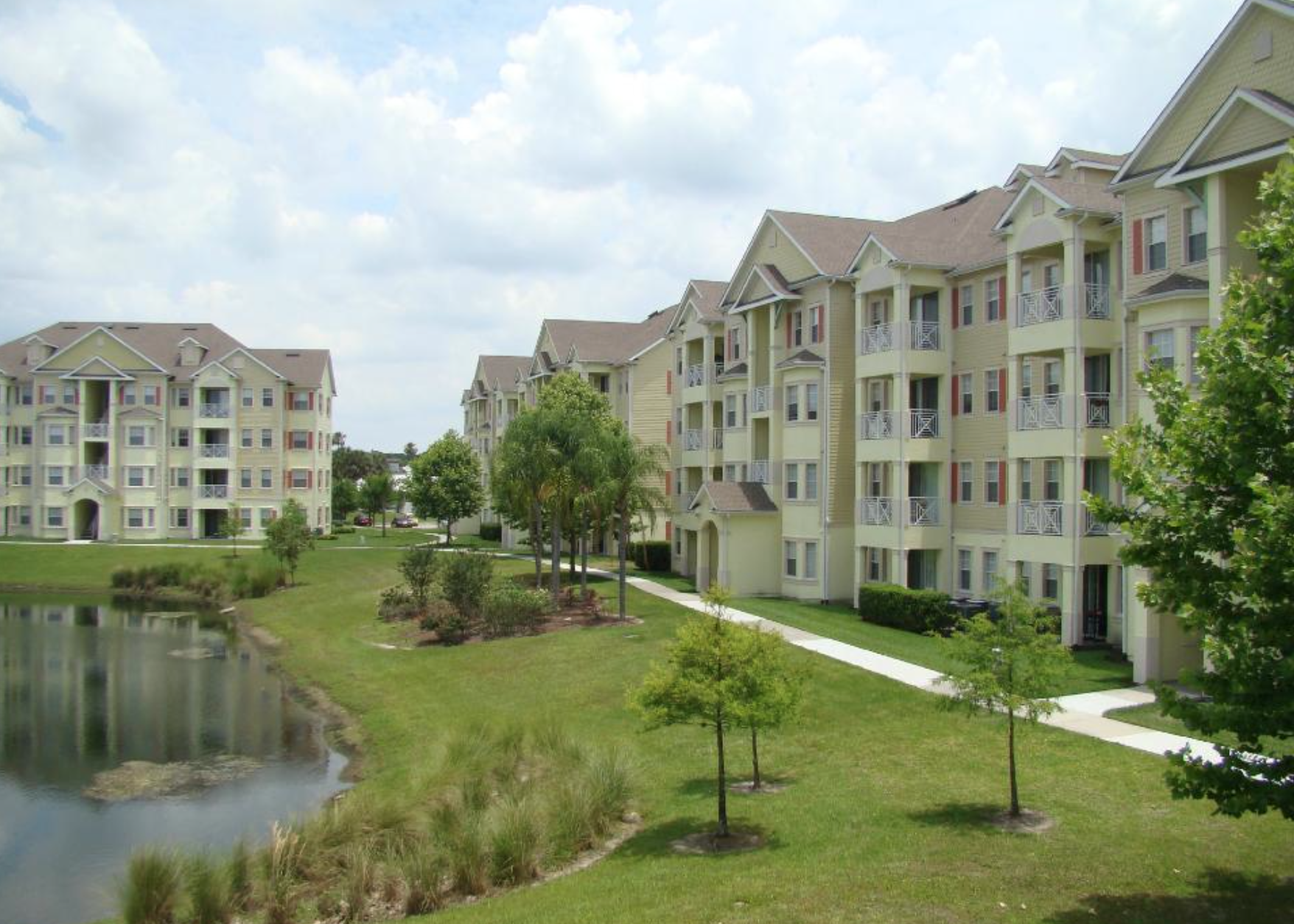 The Grass Is Greener On Our Side Cane Island Apartment Homes In Kissimmee Fl Www Caneislandliving Com Cane Island House Styles Kissimmee