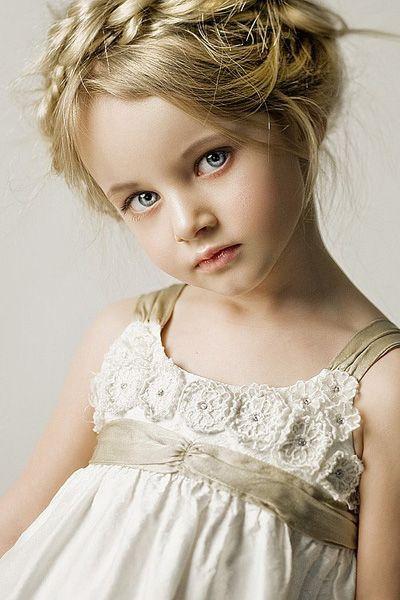 Little Angel Flower Girl Hairstyles Beautiful Children Girl