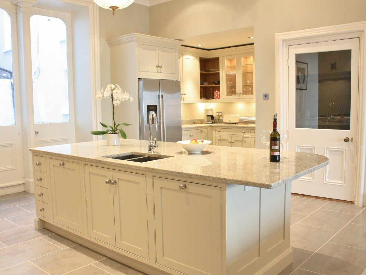 Shaded White Classical Kitchen Design Near Dalkey Ireland By
