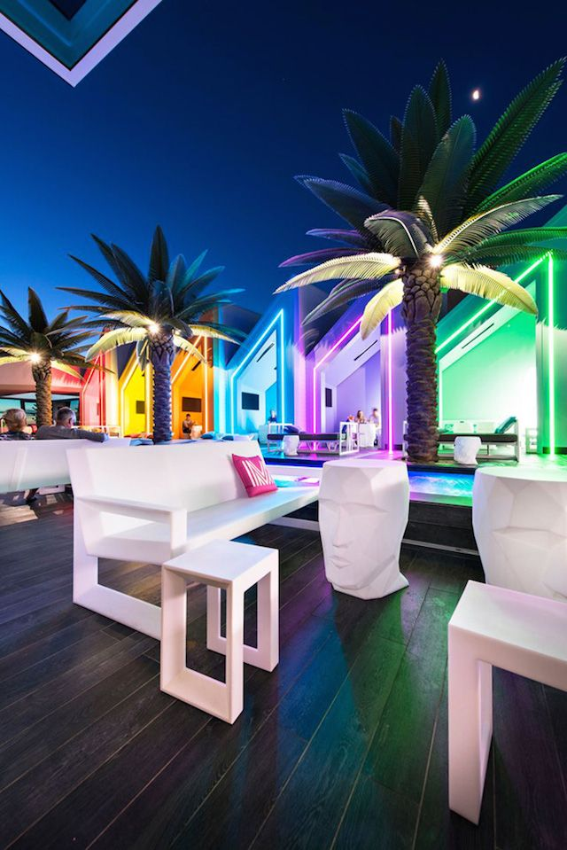 Matisse Colorful Beach Club | Partyraum, Bar und Architektur