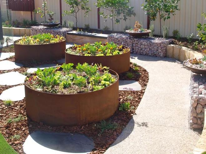 Cortenstahl Im Garten Rostige Ideen In 2020 Garten Garten Und Outdoor Gartengestaltung