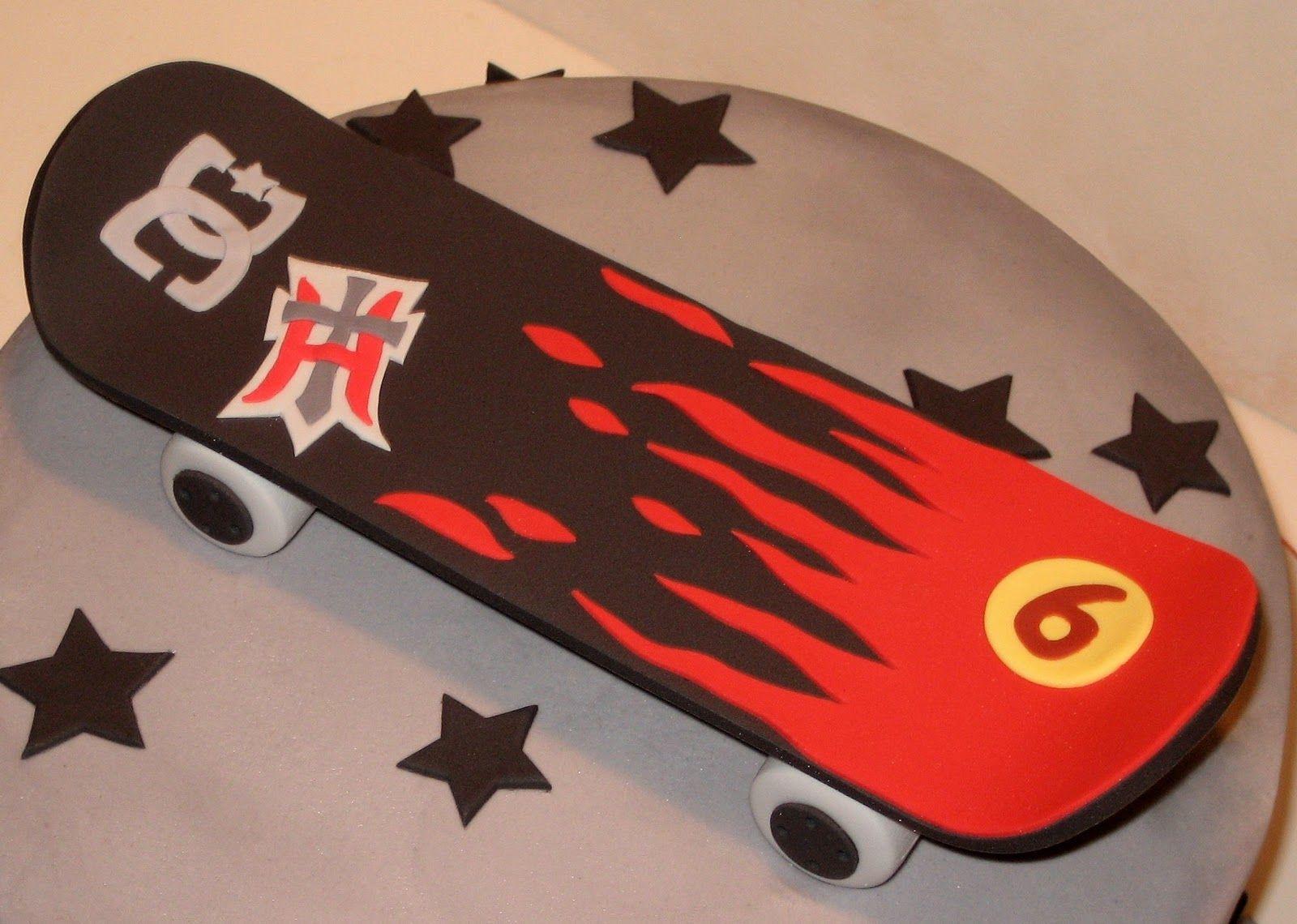 sweet+skateboard+2.jpg 1 600 × 1 140 pixels | Skateboard party ...