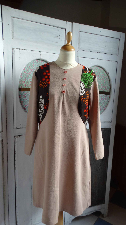e1311a939d7 vintage printemps été Robe trapèze 1970 Trévira taille 42 imprimé  psychédélique de la boutique MretMme sur Etsy