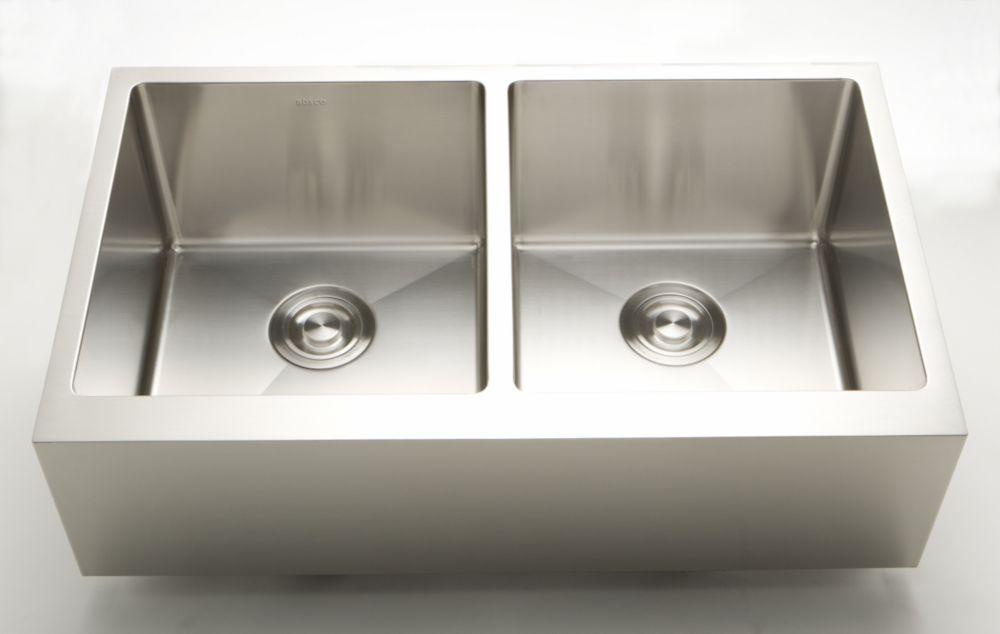 32 Inch W Undermount Kitchen Sink For A Deck Mount Drilling With 3 52 Cu Ft Composite Kitchen Sinks Apron Sink Kitchen Sink