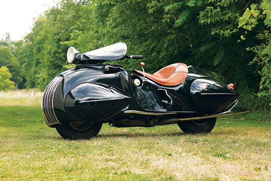 Built in 1935, this one-of-a-kind bike began life as a 1930 Henderson KJ Streamline model before being turned into an Art Deco masterpiece. (Story by Alan Cathcart, photo by Kel Edge. Motorcycle Classics — September/October 2016)