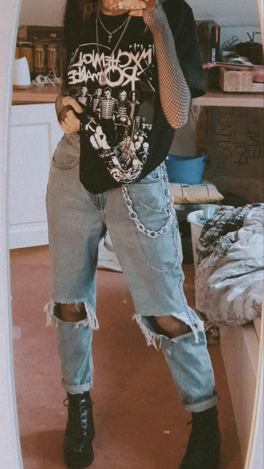 Egirl outfit