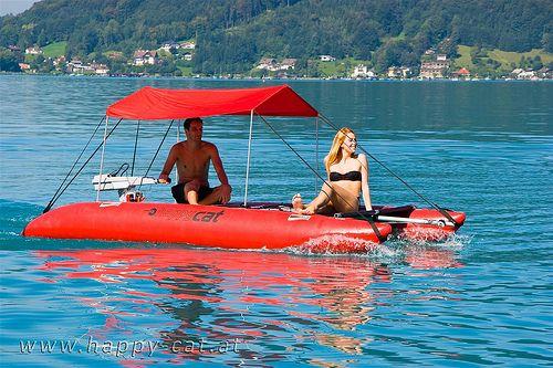 Aufblasbarer katamaran inflatable catamaran grabner happy for Grabner pool
