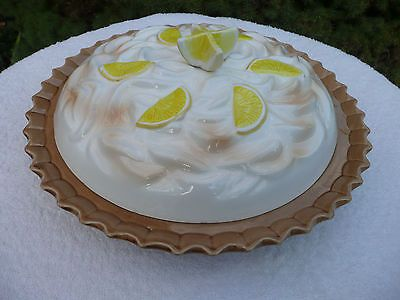 Lemon-Meringue-flavor-lid-ceramic-saver-keeper-pie- & Lemon-Meringue-flavor-lid-ceramic-saver-keeper-pie-plate-with ...