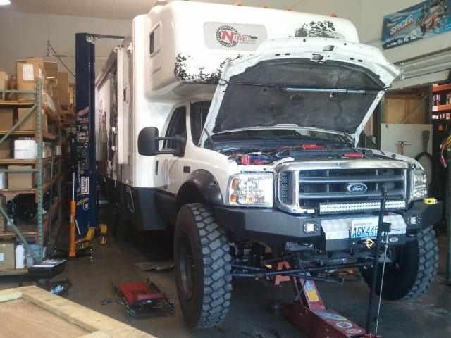 Nitro Gear & Axle 2004 Ford F450 4x4 Motorhome with ASFIR