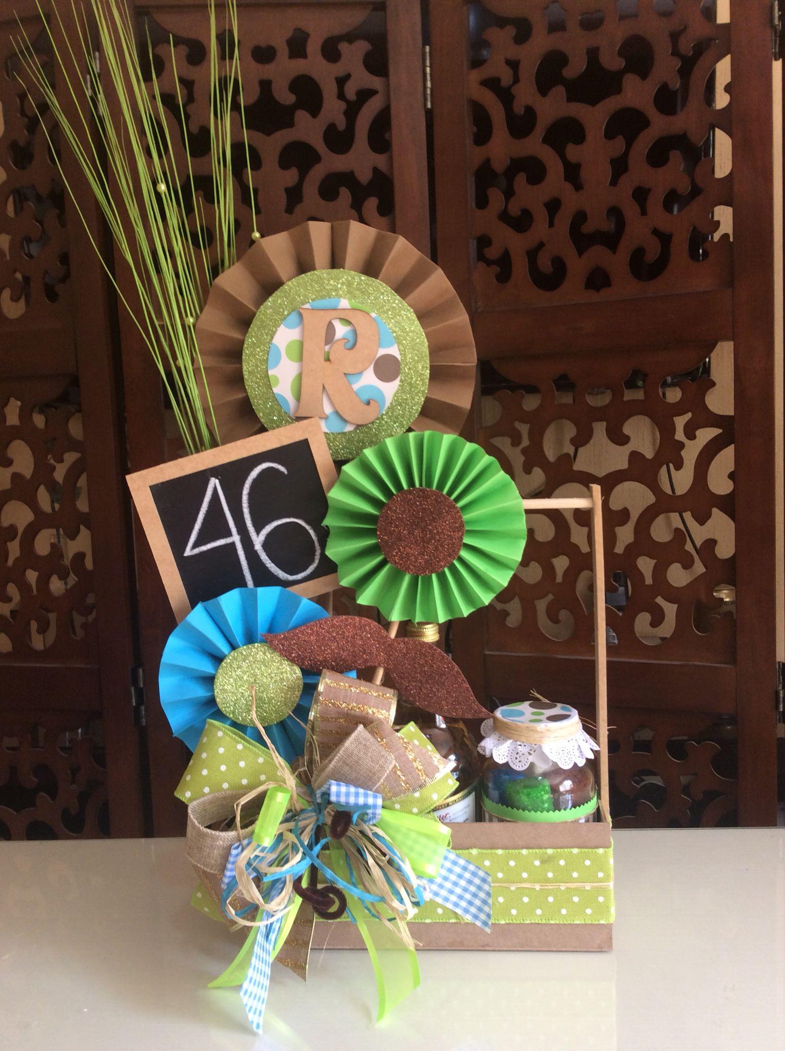 Centro de mesa para hombre arreglos dulces pinterest for Decoracion de globos para hombres
