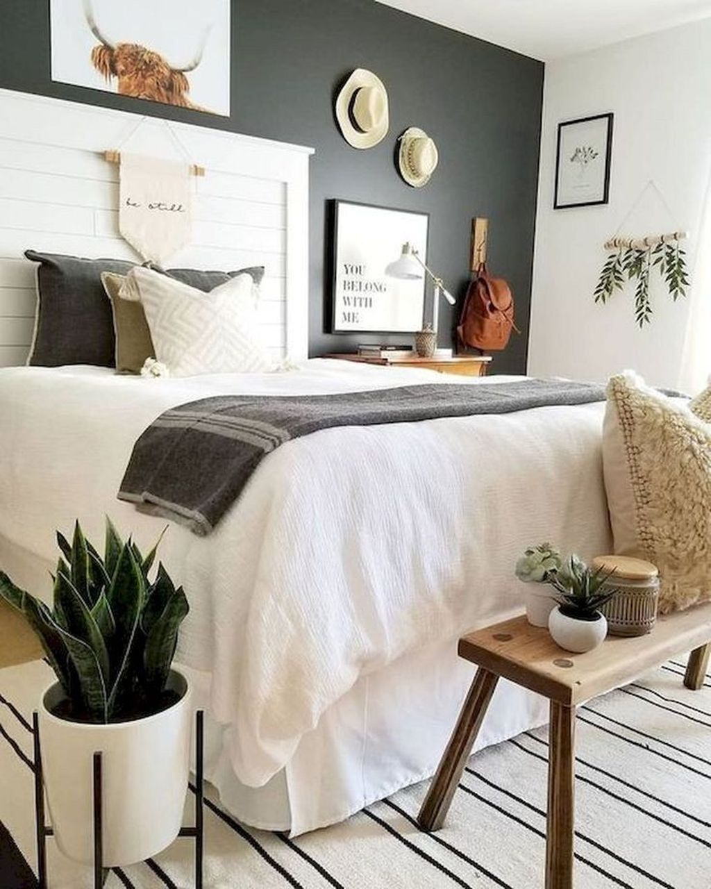 30 Lovely Small Bedroom Design Ideas Perfect For Couples ...