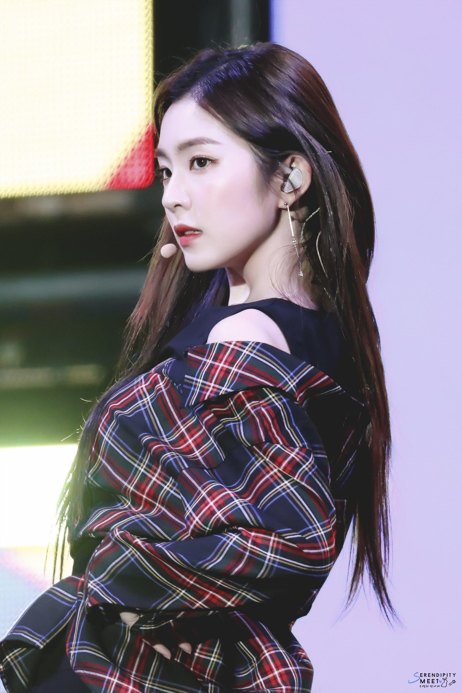 Perfect Side Profile Red Velvet Irene Famous Girls Beauty Girl