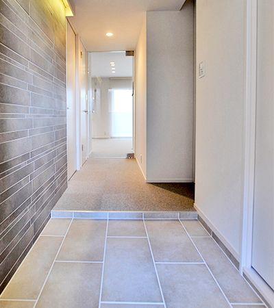 廊下 玄関のクロス張替え料金 定額の壁紙 クロスリフォームなら
