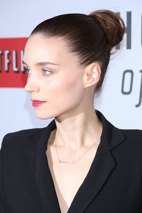 Rooney Mara S Sleek High Bun Celebrity Hair And Hairstyles Glamour Com Uk Hair Beauty Hair Inspiration Summer Hairstyles