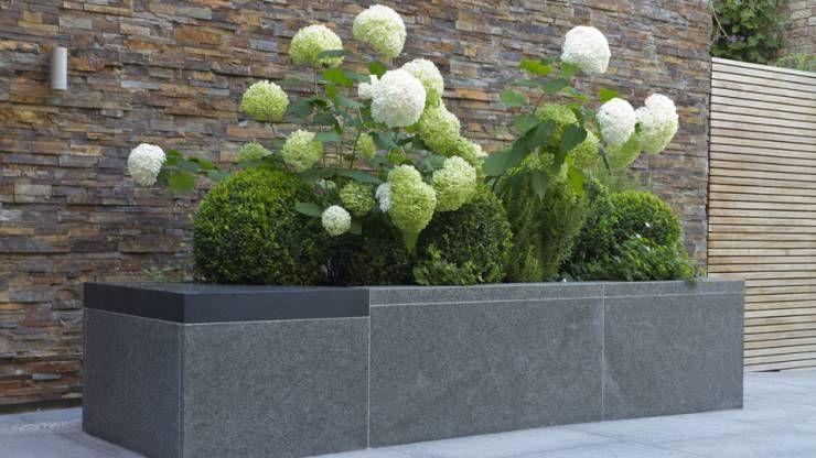 17 ideas para que tu jardín sea como de hotel moderno y con estilo - jardineras modernas