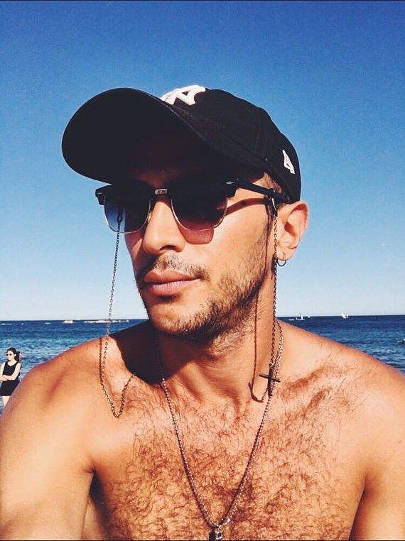 907a74172dbb2 Confira as tendências de óculos de sol masculino e de grau para 2018 que  nós do Blog Apolo separamos pra você se inspirar.