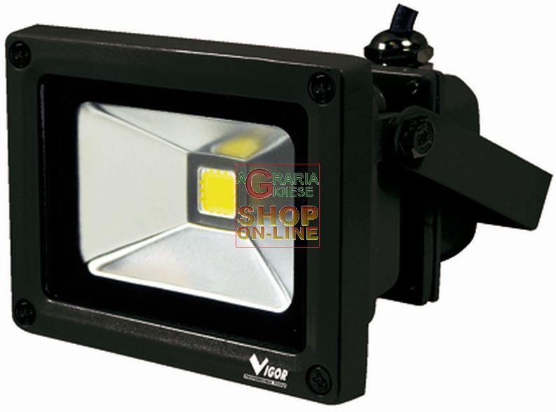 VIGOR FARO IN ALLUMINIO LED LUMEN 850 WATT. 10 volt 220 https://www.chiaradecaria.it/it/fari-a-led/21075-vigor-faro-in-alluminio-led-lumen-850-watt-10-volt-220-8011779343306.html