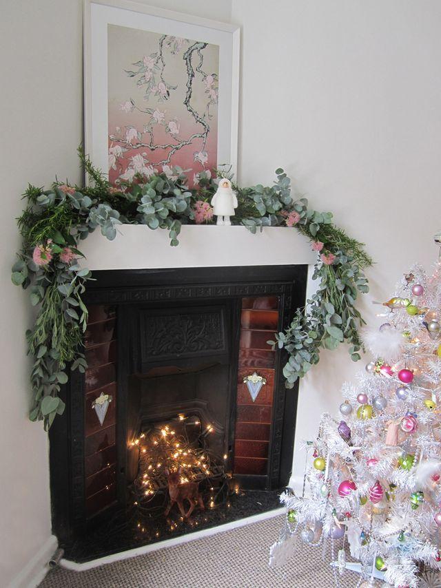 How To Make The Prettiest Eucalyptus Christmas Garland Christmas