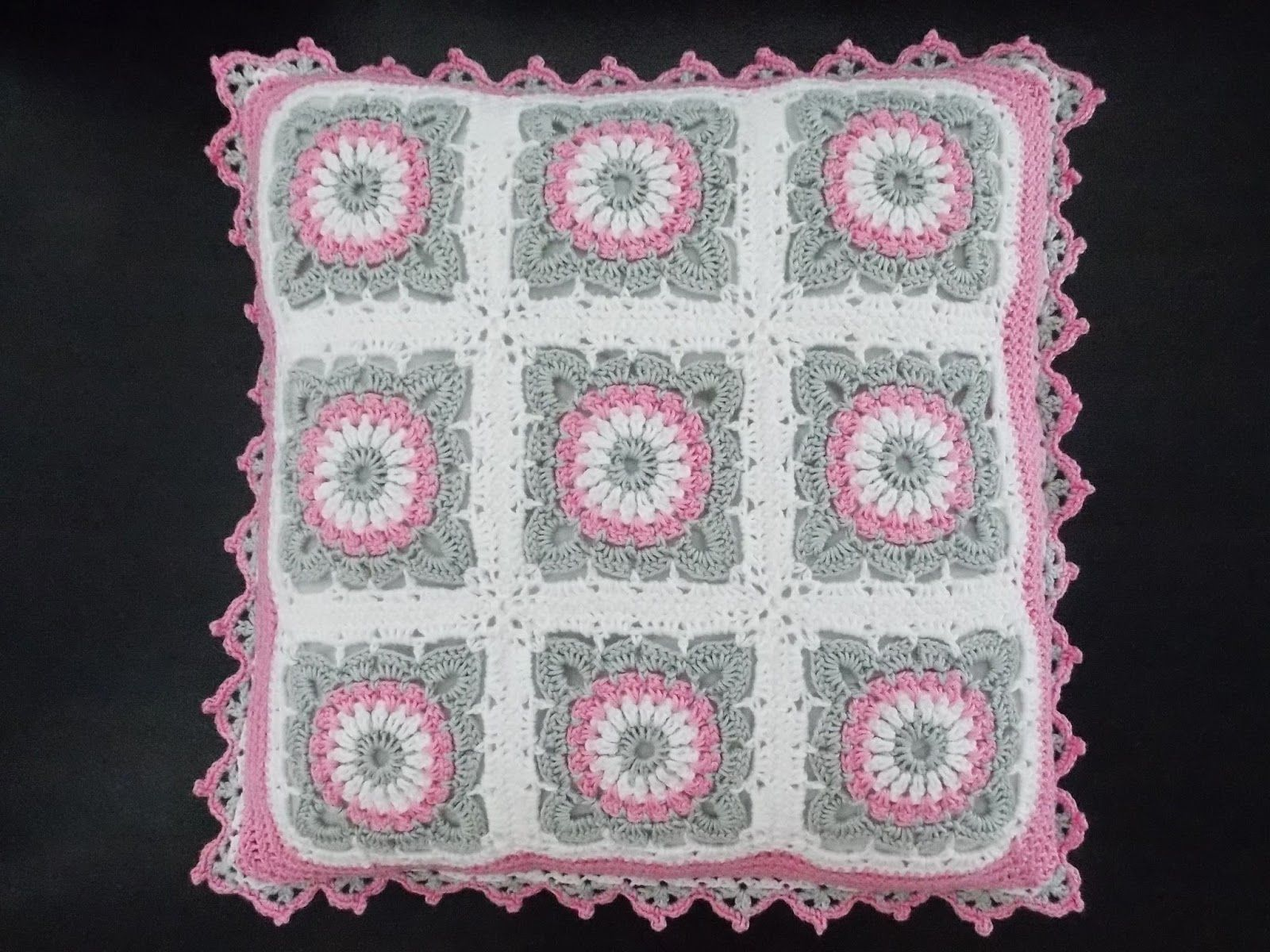 Pin de Dolores Domingues en almofadas em crochet   Pinterest