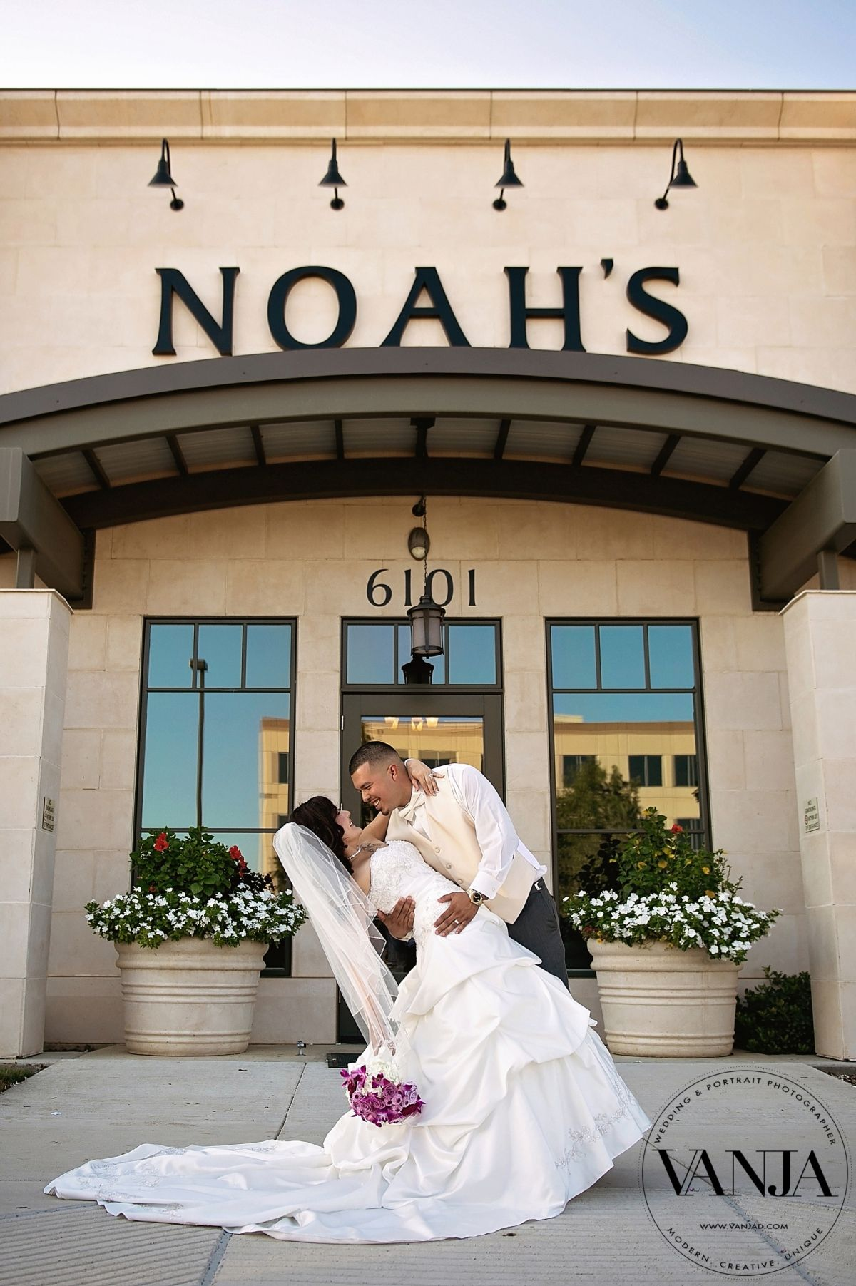 Noah S Event Center Irving Las Colinas Wedding Beautiful Bride And Groom Portrait In Front Of The