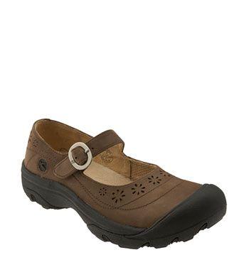 a438a9e97e My fav shoe ever! Keen Calistoga   Mom Jeans   Shoes, Mary janes ...