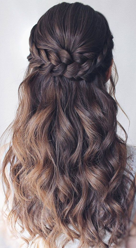 45 Beautiful half up half down hairstyles for any