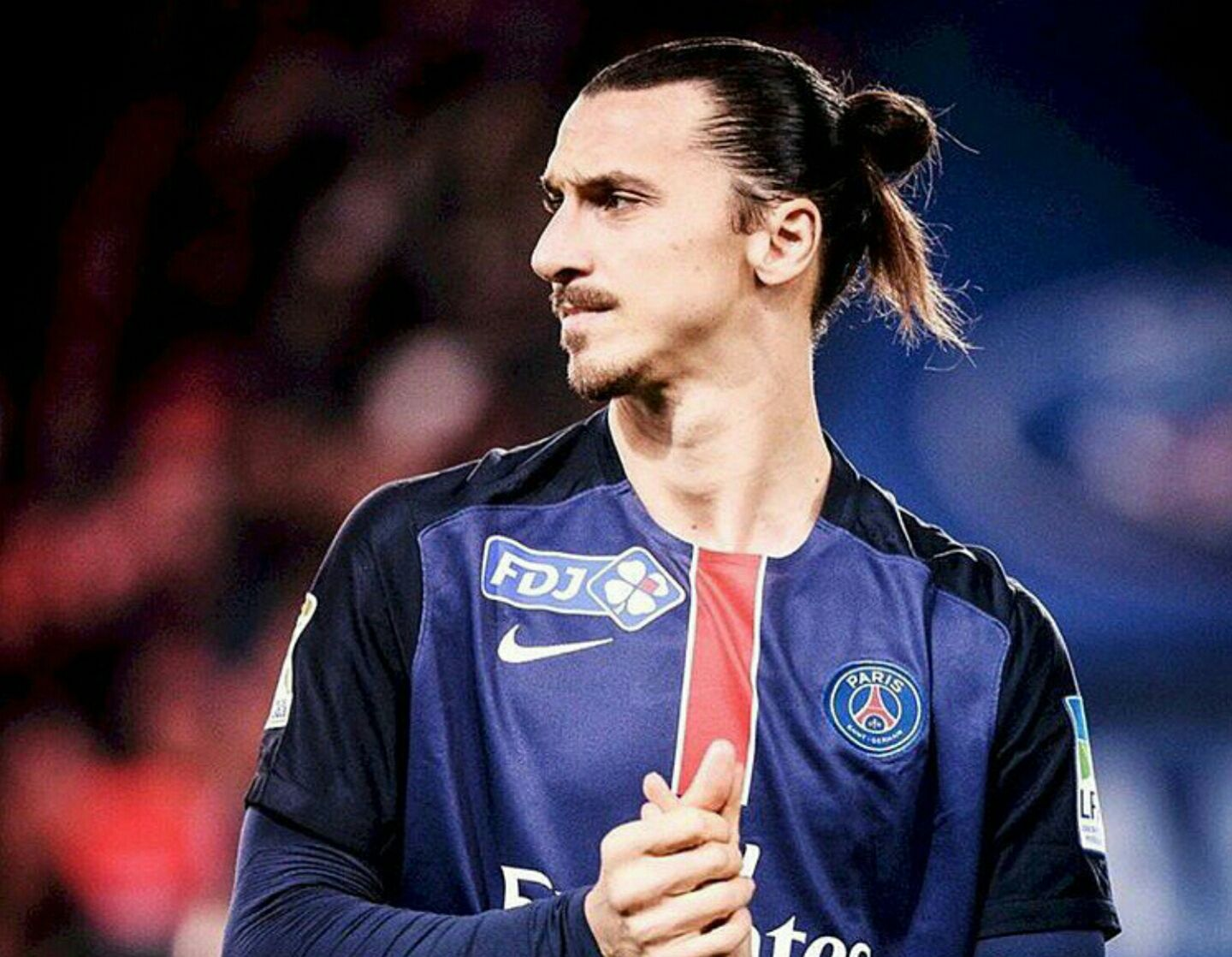 Daniel Riolo attend beaucoup de Zlatan Ibrahimovic. Fussball