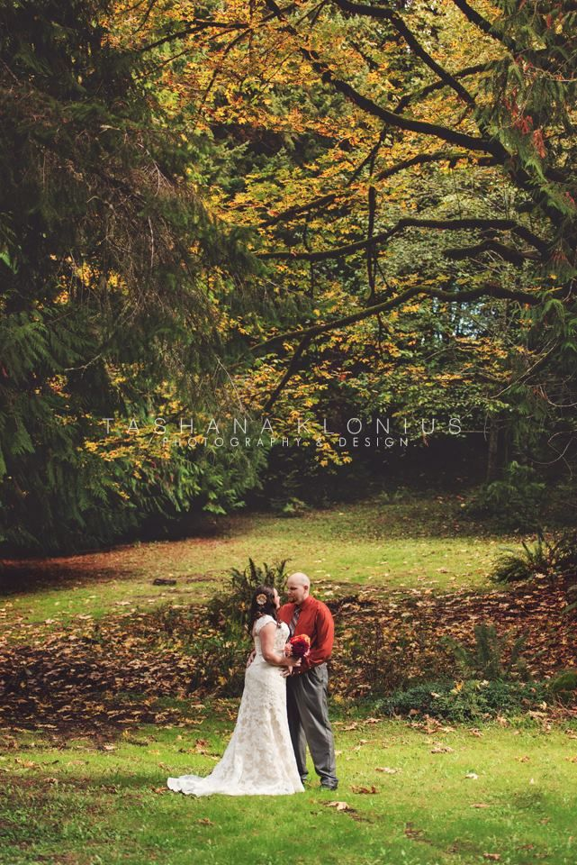 The Raven Room Lacey WA Intimate Olympia Wedding Venue