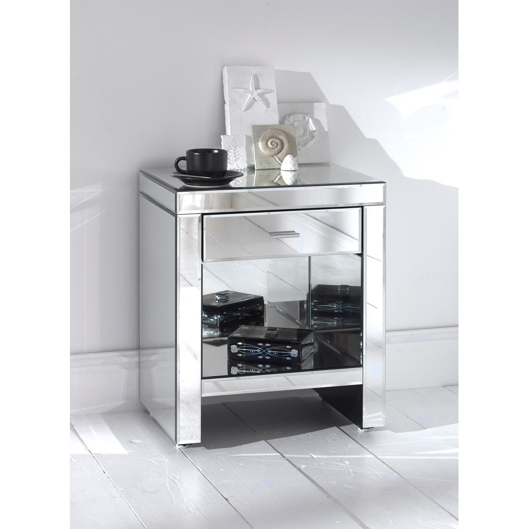 Romano Mirrored Bedside U0026 Shelf From Big Collection Of Bedside Tables From  United Kingdom. Also Deals In Manufacturer Of Romano Mirrored Bedside U0026  Shelf