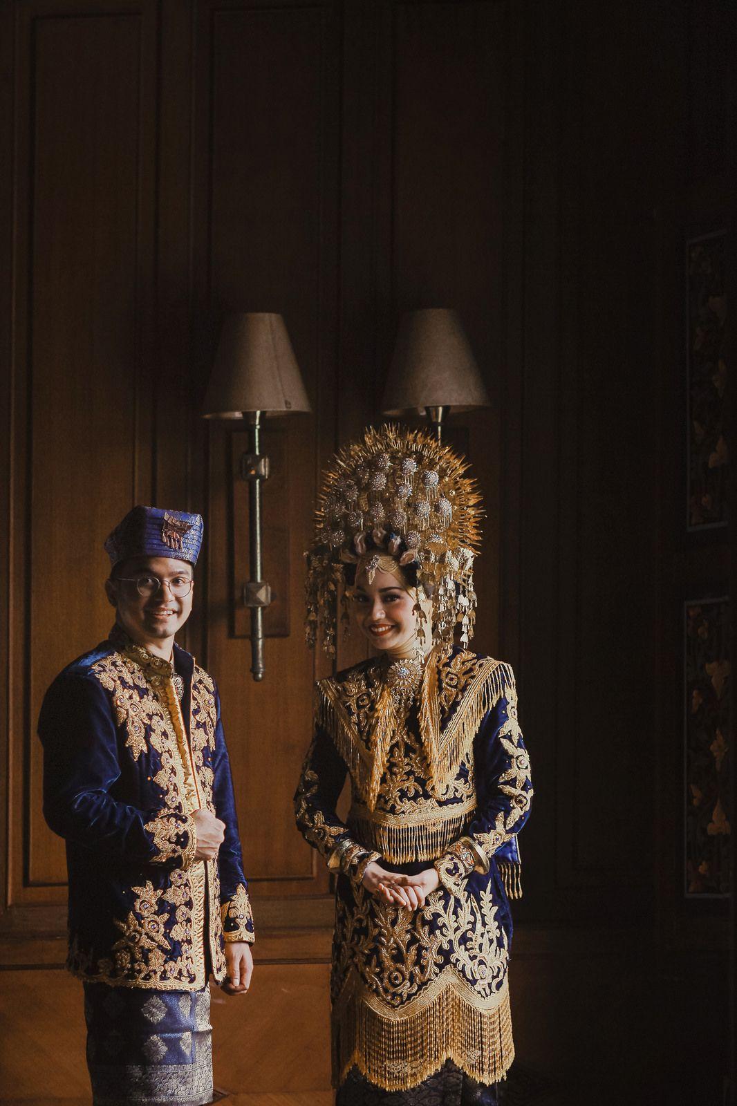 Pakaian Adat Wanita Sumatera Barat