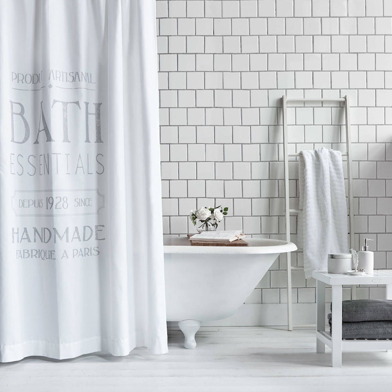 Introduce a little french flair to your salle de bain with this