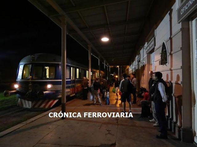 CRÓNICA FERROVIARIA: Se movilizan en estación Del Carril para que no re...