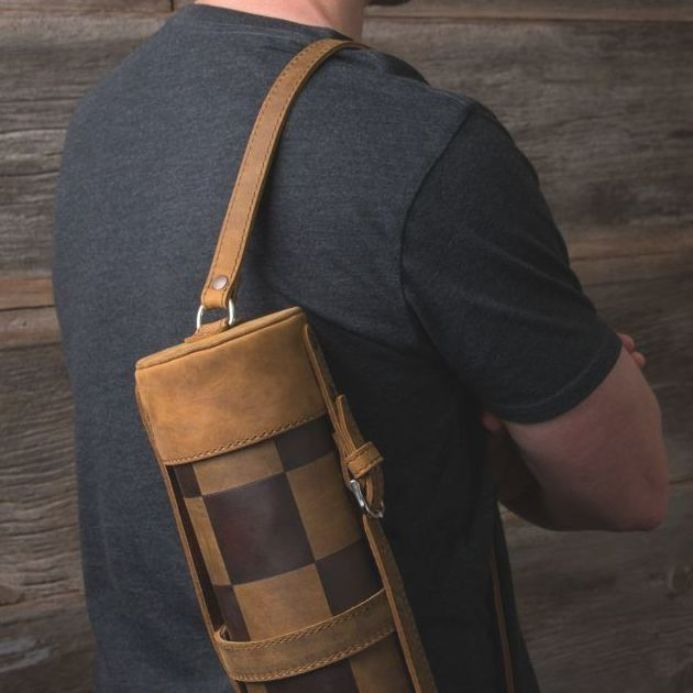 Modern Smallhouse Home: Saddleback Leather