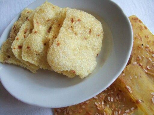 Kerupuk Kedelai Anekacamilan Indonesia Makanan Makanan Dan Minuman Masakan Indonesia