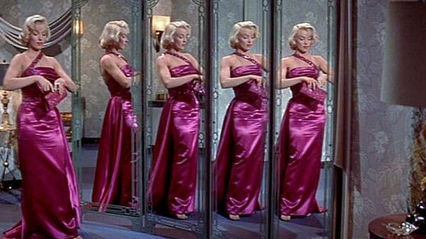 Amazing Marilyn Monroe In How To Marry A Millionaire Photo 5