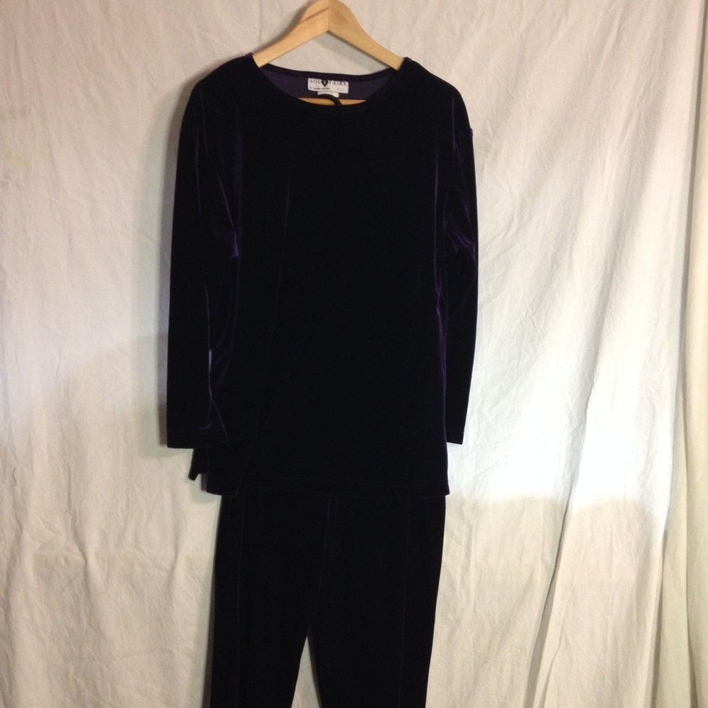Purple Solitaire velour pant set size medium , pants 28 Inch inseam, #Solitaire #CasualPants