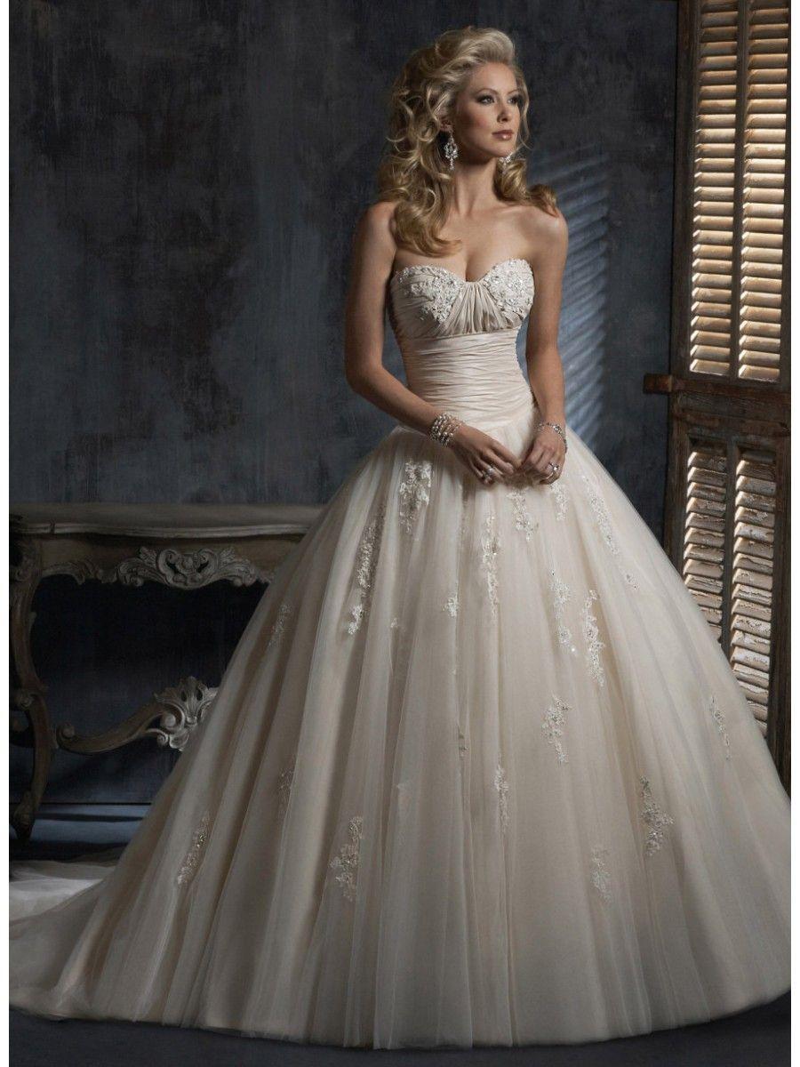 love the top and waistline | Katie | Pinterest | Vintage weddings ...