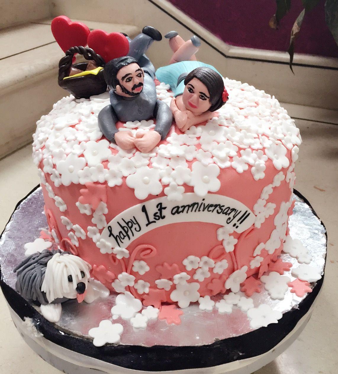 Cute Anniversary Cake With Fondant Couple Cake Anniversary Cake Valentines Day Cakes