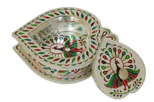 Pin By Manish On Http Www Skyeeplus Com Dir Handicrafts Decoratives Gifts Crafts Artifacts Dry Fruit Box Fruit Gifts Gifts