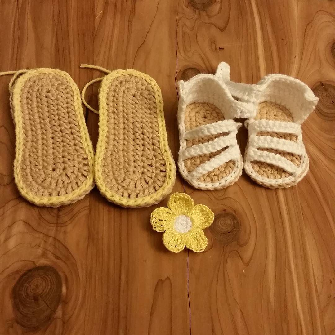 It's been a wonderfully productive day today!  We have a size 4 size 1 and the beginnings of a hair clip set. I can't wait to show you how they all turn out!   #crochet #etsy #baby #babies #toddler #toddlers #babyfashion #toddlerfashion #babystyle #babyfashion #shoes #sandals #babyshoes #firstshoes #babylove #newborn #newbornbaby #pregnancy #momtobe #tinycraftytoes #flowers #tinyfeet #toddlersofinstagram #babiesofig #babiesofinstagram #cute #adorable