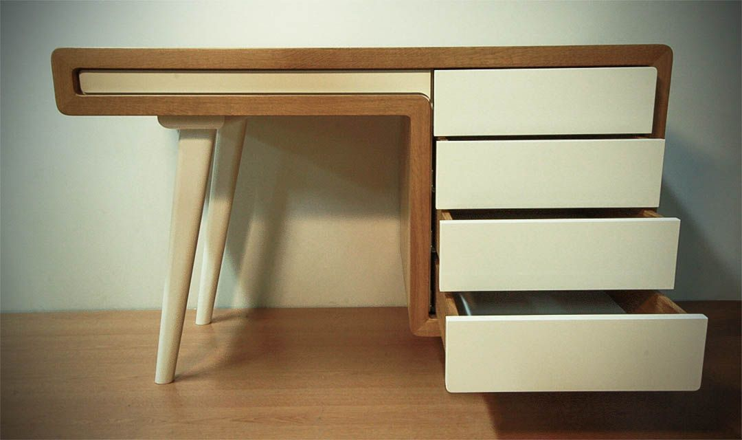 Bureau rétro en chêne massif et mdf laqué blanc tiroirs ouverts