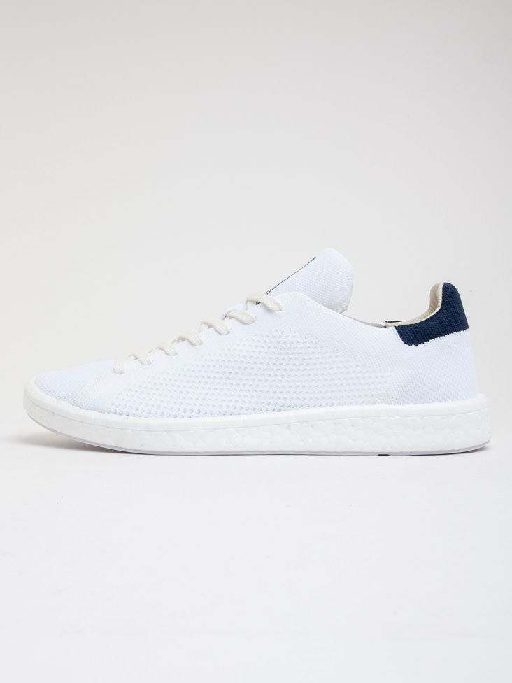 on sale 42560 91b43 Scopri Sneakers basse Stan Smith Boost Adidas Originals. Approfitta delle  migliori offerte Streetwear e Sneakers e Acquista Online su Moveshop.it!