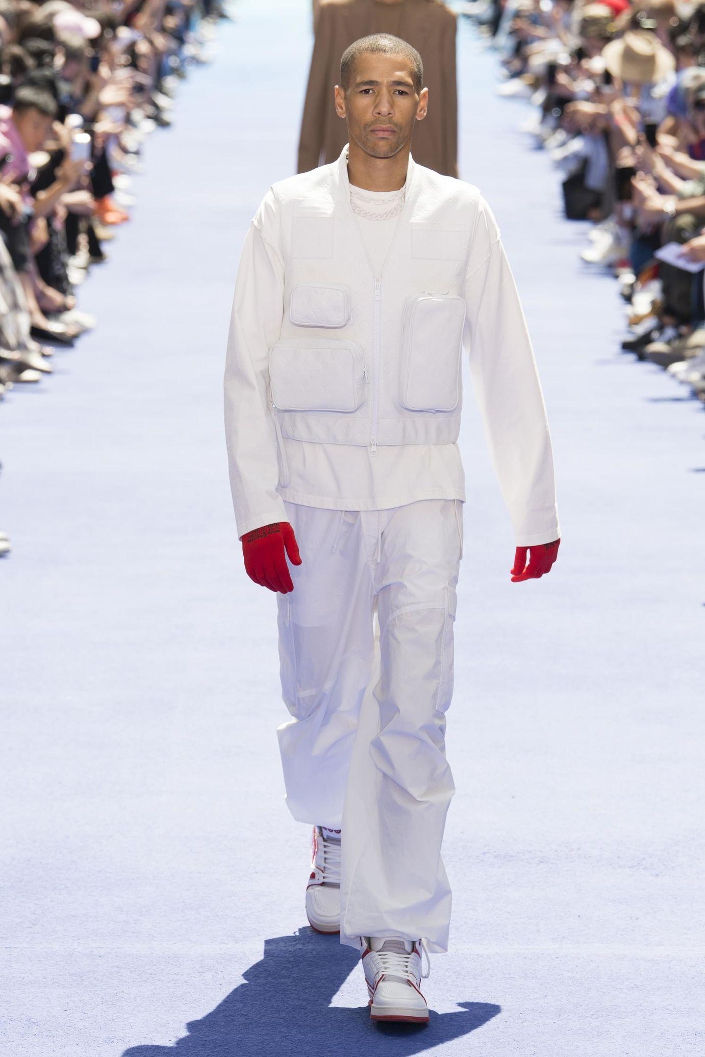 Louis Vuitton P E 2019 par Virgil Abloh   MENSWEAR en 2019   Louis ... 59829906289